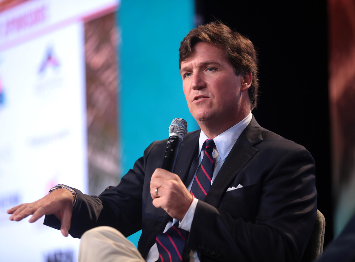 Tucker Carlson: Congress tells struggling Americans to take their $600 and shut up