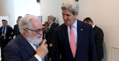 Kerry: Air conditioners as big a threat as ISIS