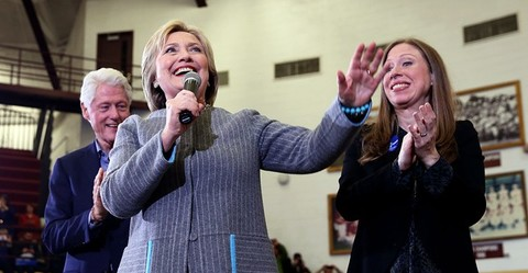 Foundation headaches mount for Clintons