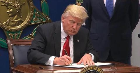 Trump travel ban blocked by Va.-based federal appeals court