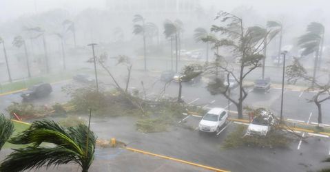 Puerto Rico entirely without power as Hurricane Maria hammers island with force not seen in 'modern history'