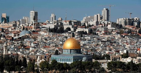 Trump to Keep Embassy in Tel Aviv, but Recognize Jerusalem as Capital