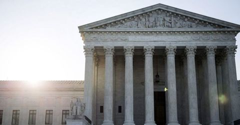 Supreme Court Lets Trump Travel Ban Take Full Effect for Now