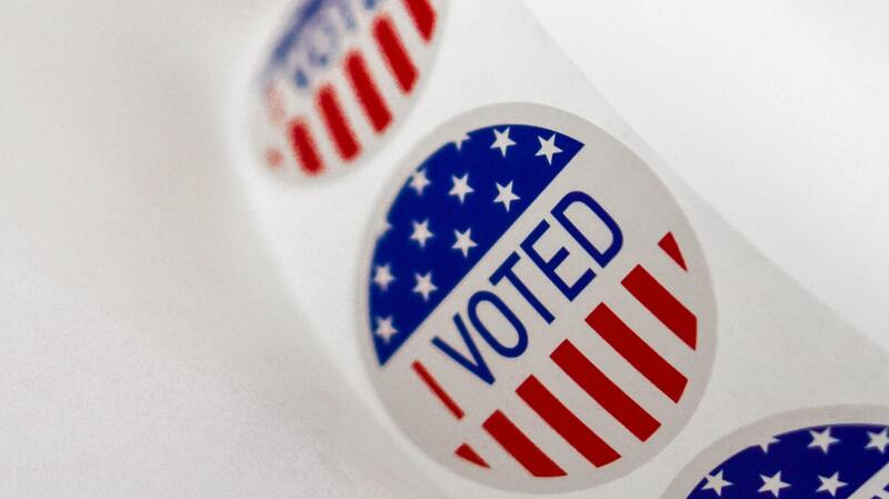 Federal Judge Says Felons Can Register To Vote