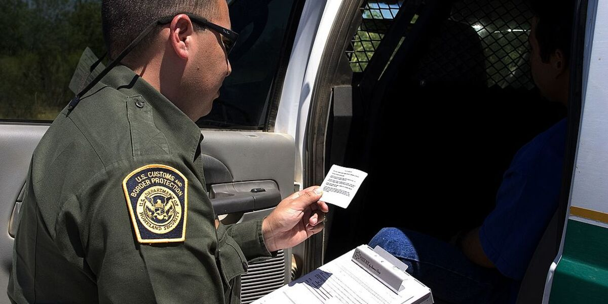Texas Begins To Arrest And Jail Border Crossers On Trespassing Charges