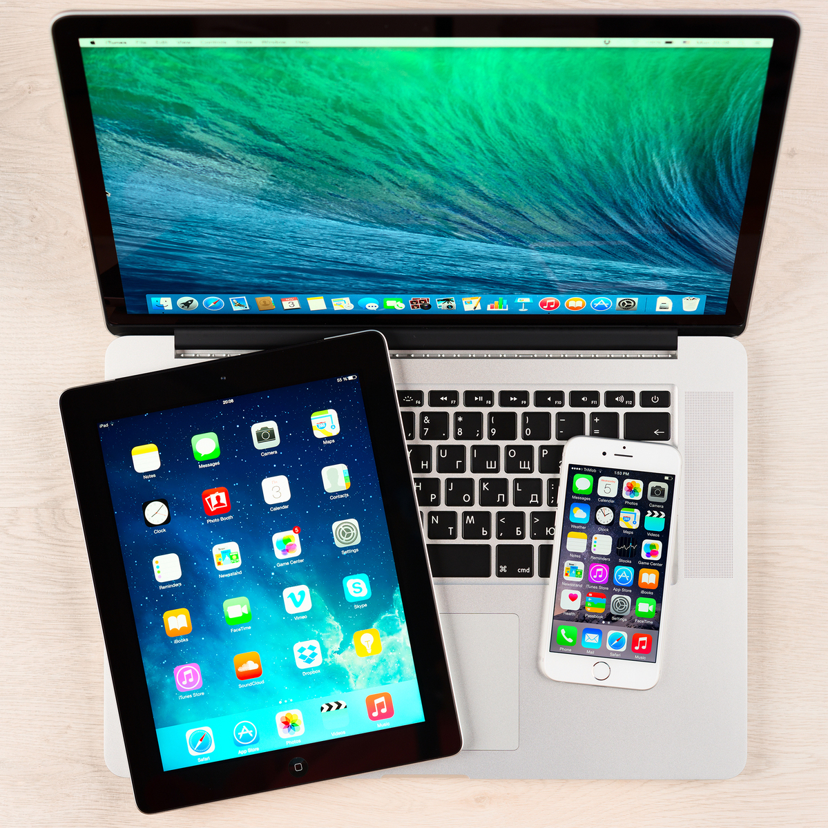 Apple's 2020 iPads and MacBooks will have new advanced displays, top analyst says