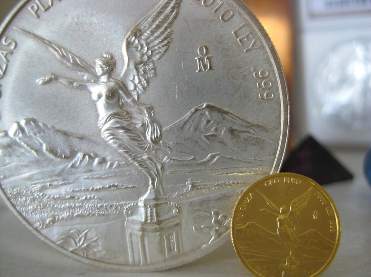 Price rebounds for gold, silver, after Wednesday's losses