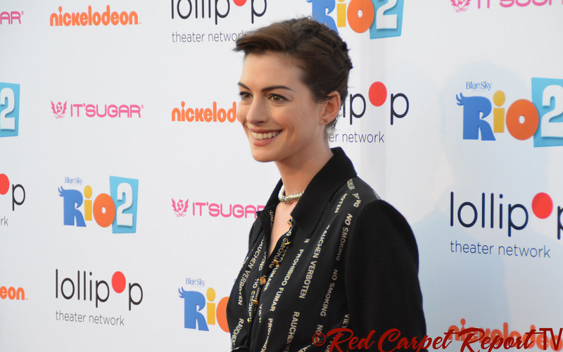 Anne Hathaway Scolds Pro-Life 'White Women' Over Anti-Abortion Laws