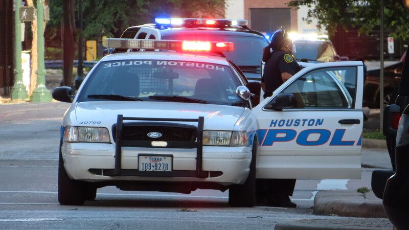 Peeping Tom suspect shot to death outside north Houston home