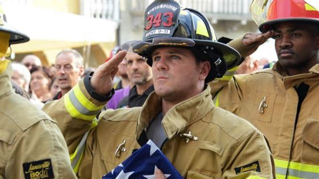Arizona First Responders climb 2,071 steps in honor of 9/11 victims
