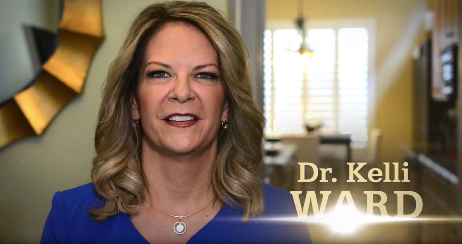 Dr. Kelli Ward agrees to sign GOP Unity Pledge on debate stage