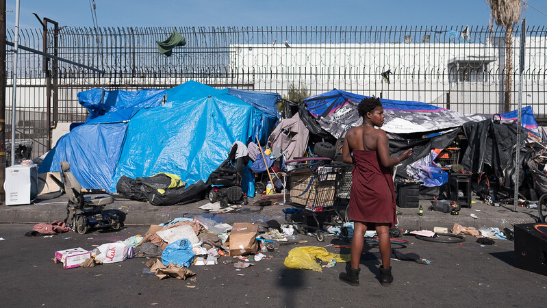 Los Angeles votes to let homeless keep tents up during day amid coronavirus outbreak