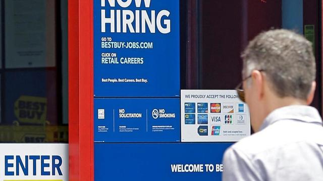 US Employers Add Strong 222K Jobs; Jobless Rate at 4.4 Pct.