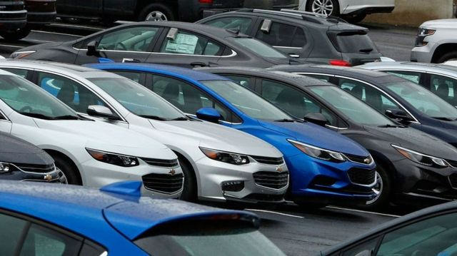 Auto sales skid in July amid car slump, rental cuts