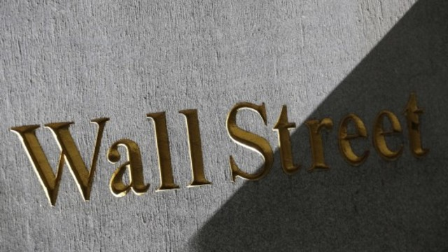 Wall Street edges lower with Jackson Hole meeting in focus