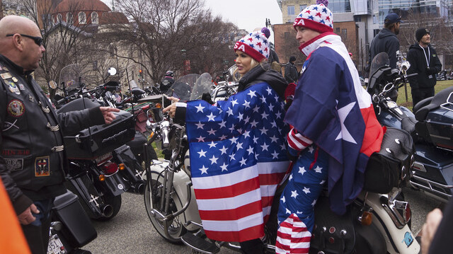 'Bikers For Trump' Group Surrounds DNC Security Perimeter in Milwaukee
