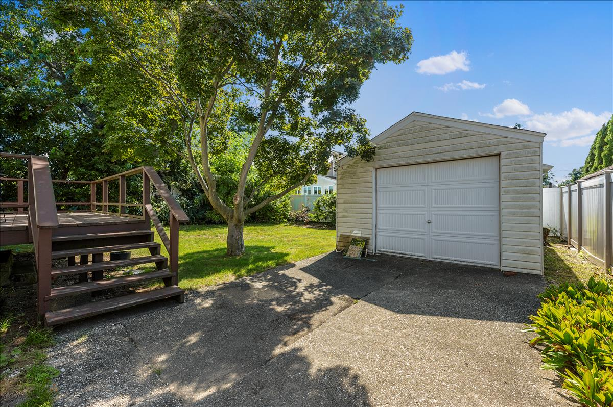 Great Location, Great Price!