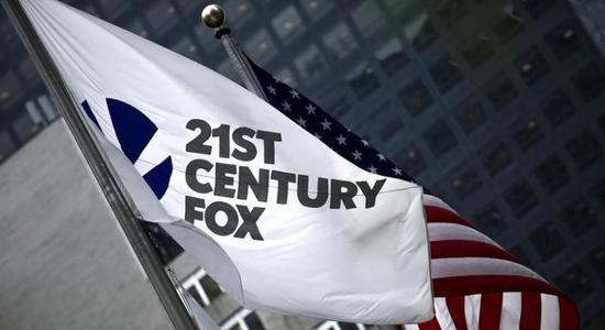 Fox Tops Estimates on Sports, Political Ads; Revenue Misses