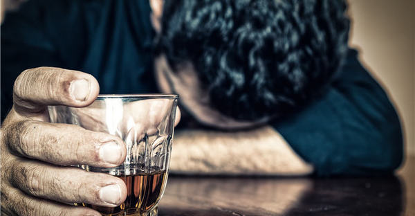 'Breaking The Booze Habit': Why Cannabis WILL Rival Alcohol as Preferred Social Drug