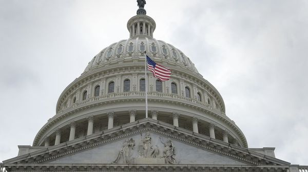 GOP plays blame game while fighting to save House majority