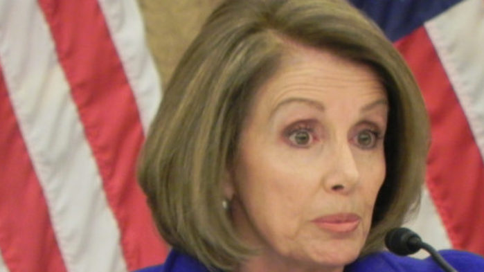 Pelosi says she asked Trump to meet with her