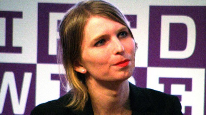 Chelsea Manning is going back to jail