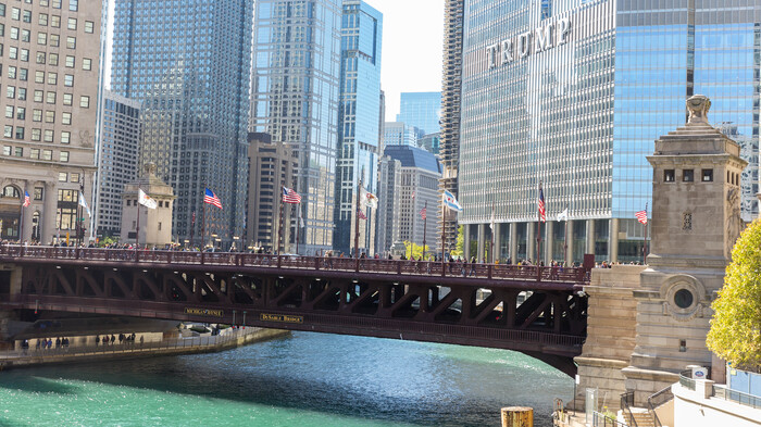 Chicago raises bridges after night of violence and looting