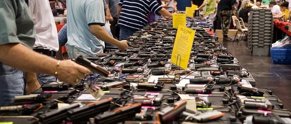 Gun Show Draws HUGE Crowd After Anti-Gun Hysteria