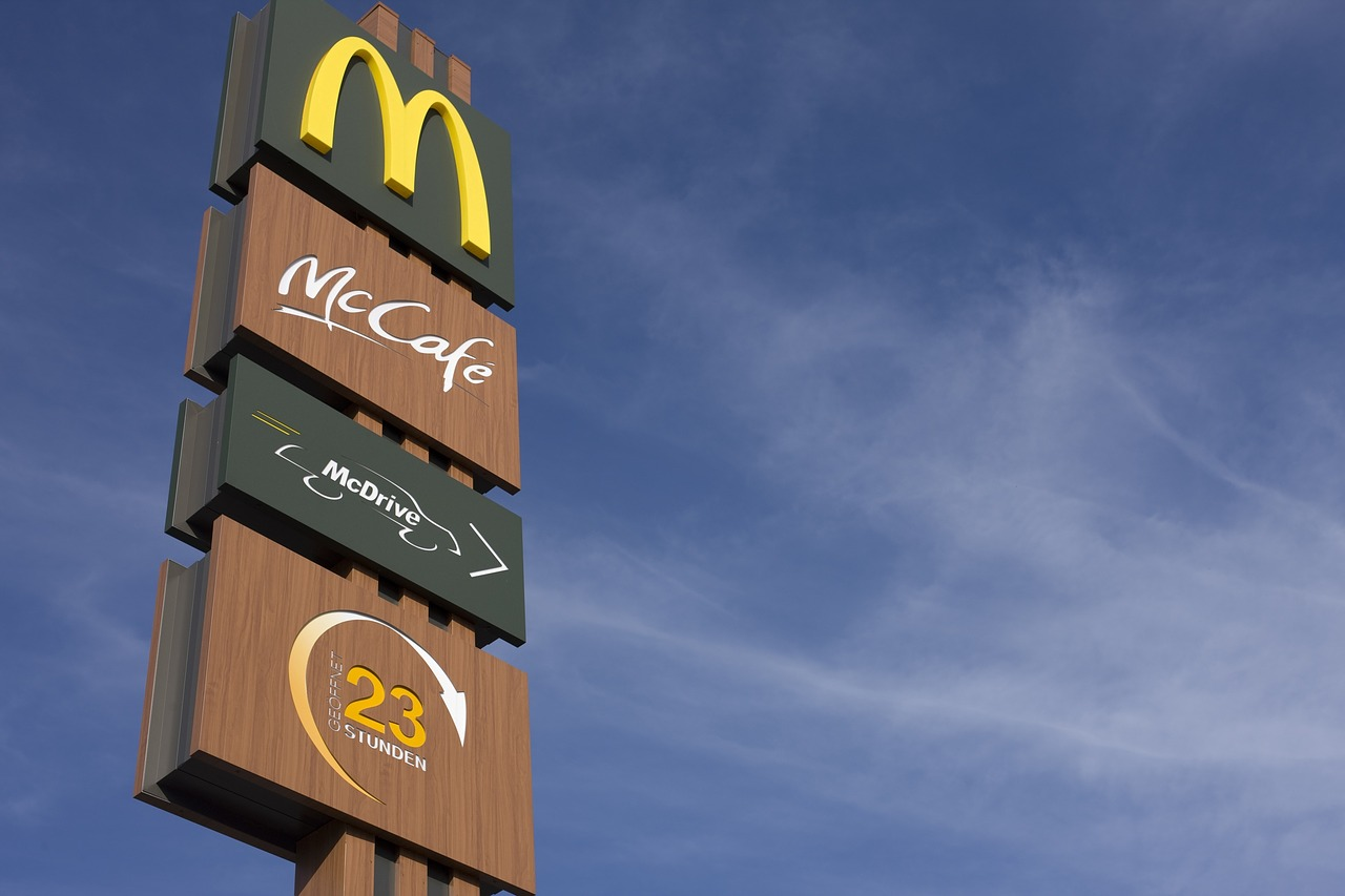 Why McDonald's Gave Up the Minimum Wage Fight