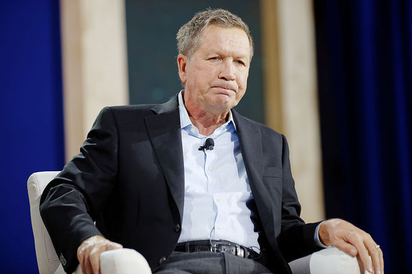 Kasich Gets Smacked