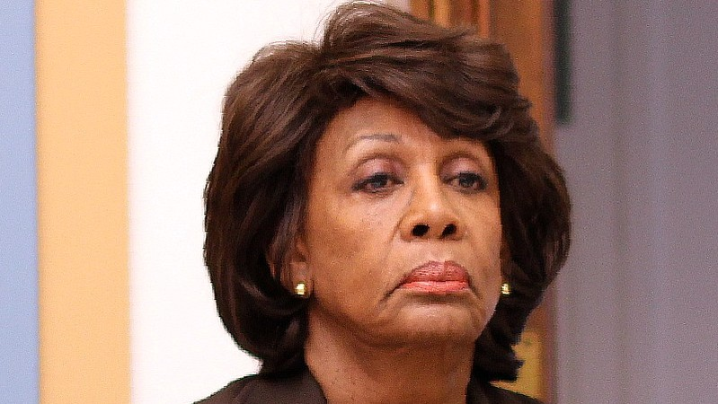 ​Maxine Waters threw down an ultimatum to Trump that he is going to hate