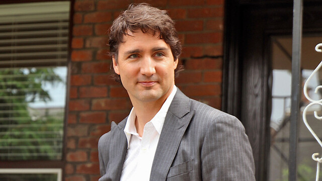 Justin Trudeau Gets Crushed Online After Suggesting Canadians Turn Off Lights, TV For 'Earth Hour' Amid Coronavirus Quarantine