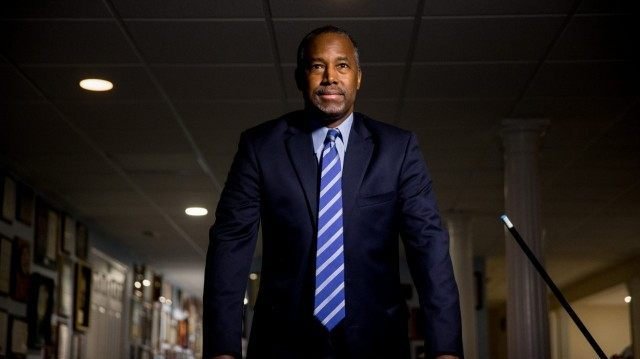 Ben Carson Releases Immigration Plan Day Before Iowa Caucus