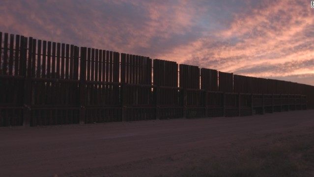 Trump team discussing border wall with Army Corps, Interior Department