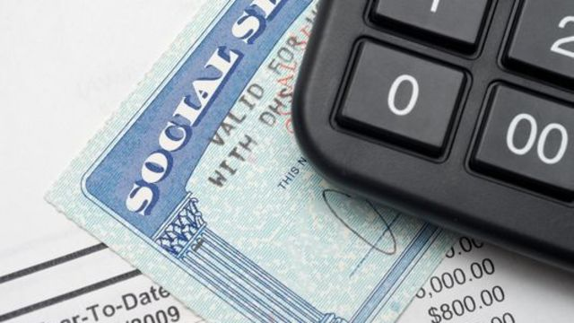 When do state pension plans reduce Social Security benefits?