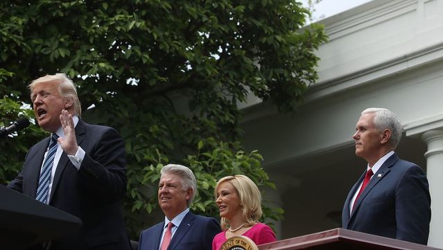 Trump's latest appeal to evangelicals: a new office to protect religious liberty