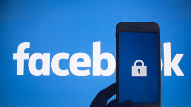 Facebook Closes Loophole That Revealed Personal Data of People in 'Closed' Groups